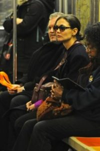 Katie Holmes Foto:Vía celebritiesonthesubway.tumblr.com