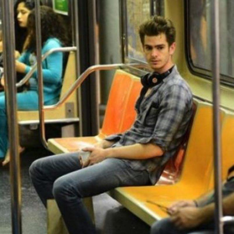 Andrew Garfield Foto:Vía celebritiesonthesubway.tumblr.com