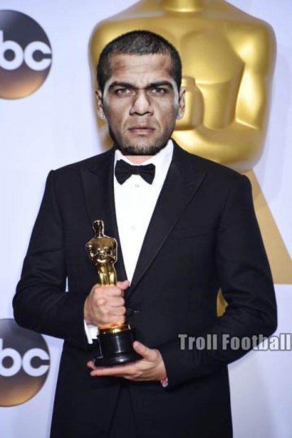 Un Oscar para Dani Alves. Foto:Vía twitter.com/TrollFootball
