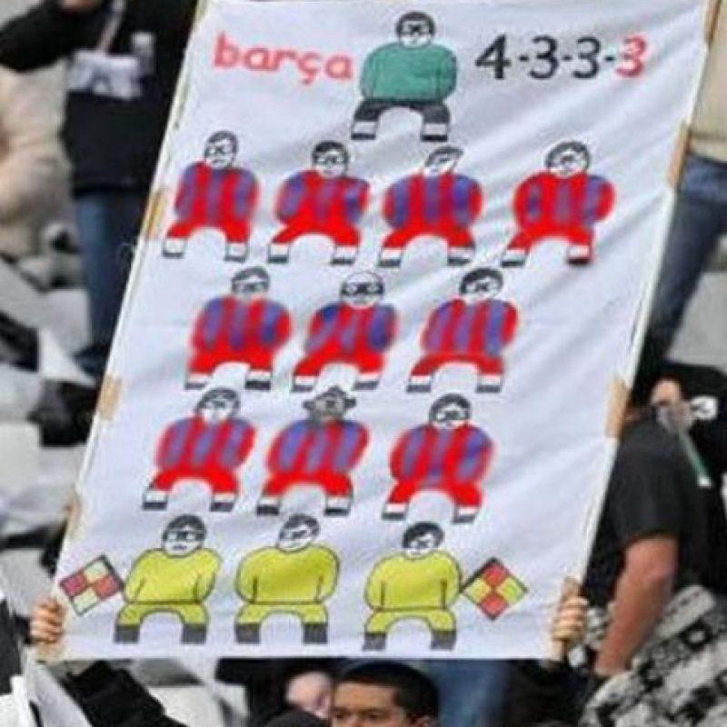¿La nueva alineación del Barcelona? Foto:Vía twitter.com/TrollFootball
