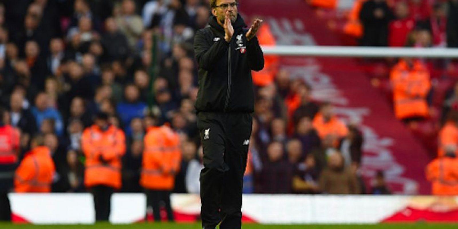 Klopp, estratega del Liverpool inglés, podría optar por el mexicano Lozano para reforzar su ataque Foto:Getty Images