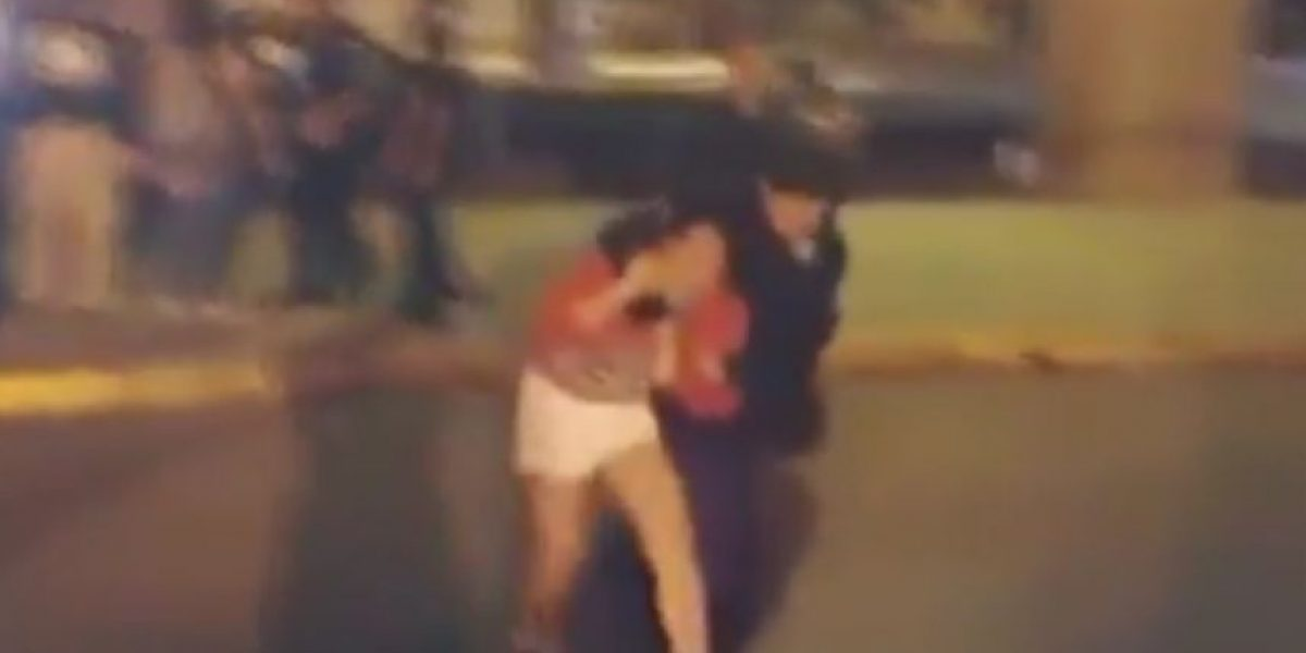 VIDEO: Policías de SLP golpean a jóvenes por grabar operativo