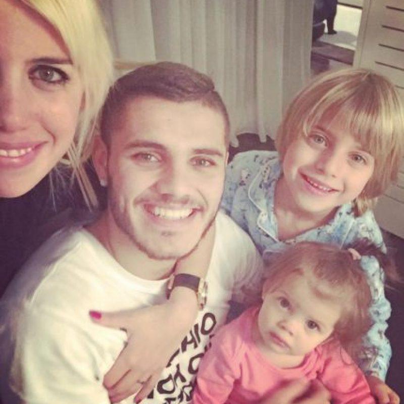 Wanda Nara se quedó con los tres hijos que procreó con Maxi. Foto:Vía instagram.com/mauroicardi