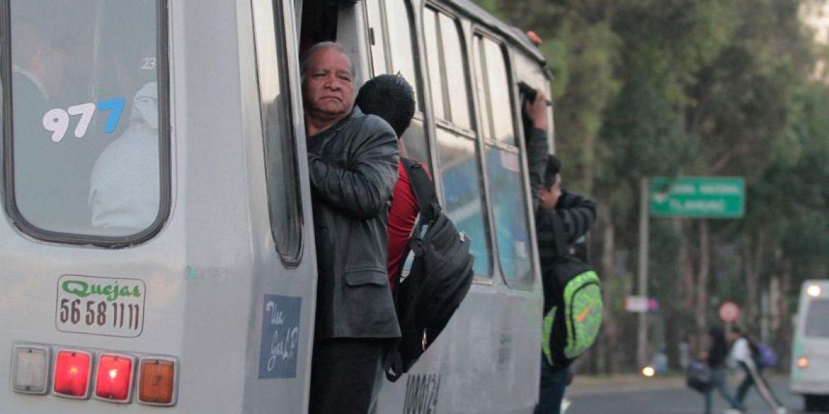 Microbuses y camiones de basura, los obstáculos al Hoy no Circula
