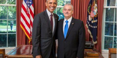 Miguel Basáñez Ebergenyi, al reunirse con el presidente de Estados Unidos, Barack Obama. Foto:Cuartoscuro
