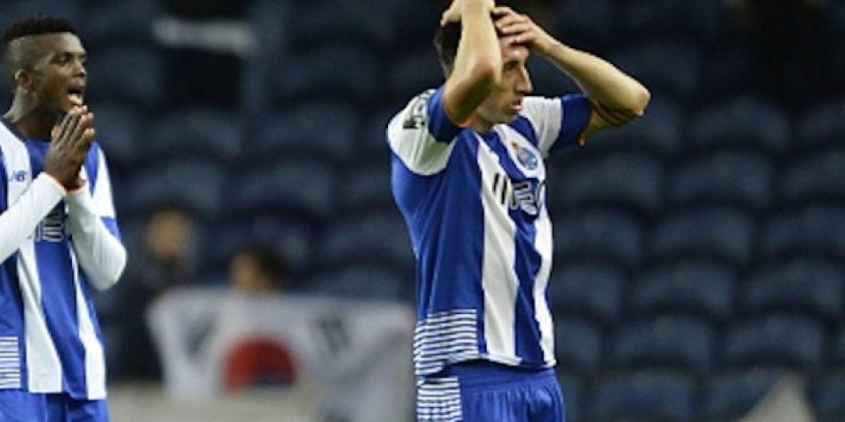 Herrera, Layún y Corona participan en el ridículo del Porto ante Tondela