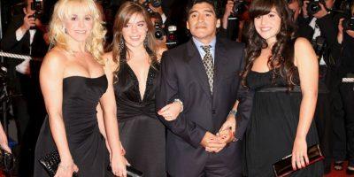 Los probelmas entre Diego Maradona y su exesposa no se detienen