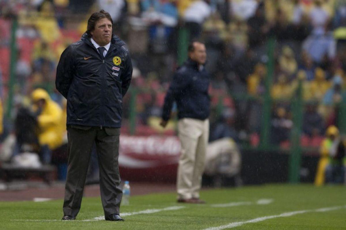 Su primer triunfo en el estadio Azteca como entrenador del América fue el 19 de febrero del 2012 cuando su equipo se impuso 1-0 al Pachuca. Foto:Mexsport