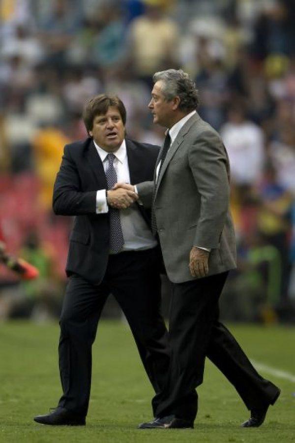 En las semifinales se enfrentaron a Rayados, en el juego de ida en Monterrey quedaron 2-2 y en la vuelta en el Azteca América se impuso 2-1 para acceder a la gran final. Foto:Mexsport