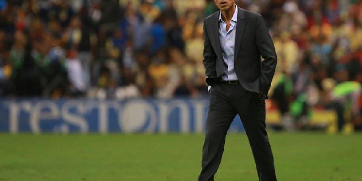 Técnico mexicano se va a dirigir a un club español