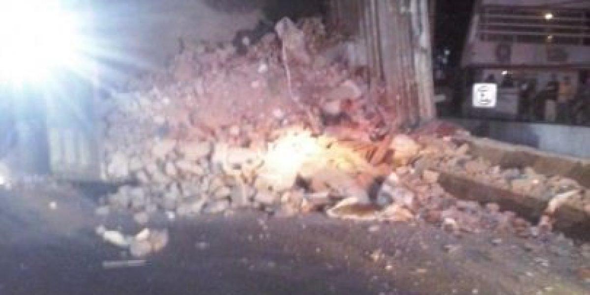 FOTOS: Reabren Periférico tras volcadura de tractocamión