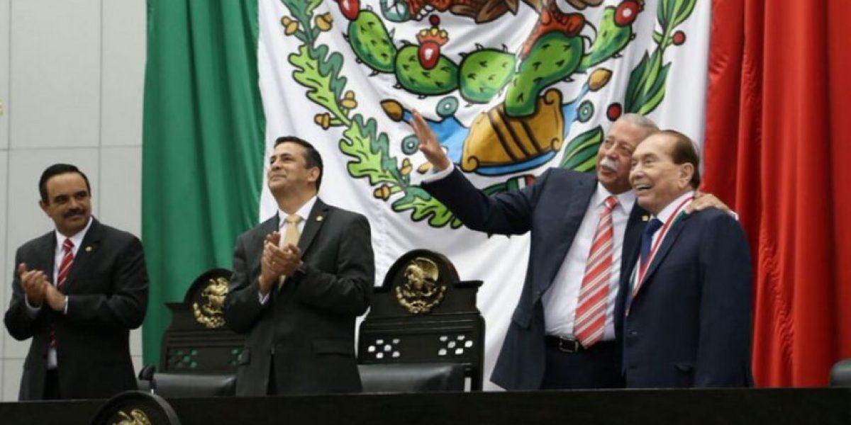 Tamaulipas da medalla a empresario vinculado en Panama Papers