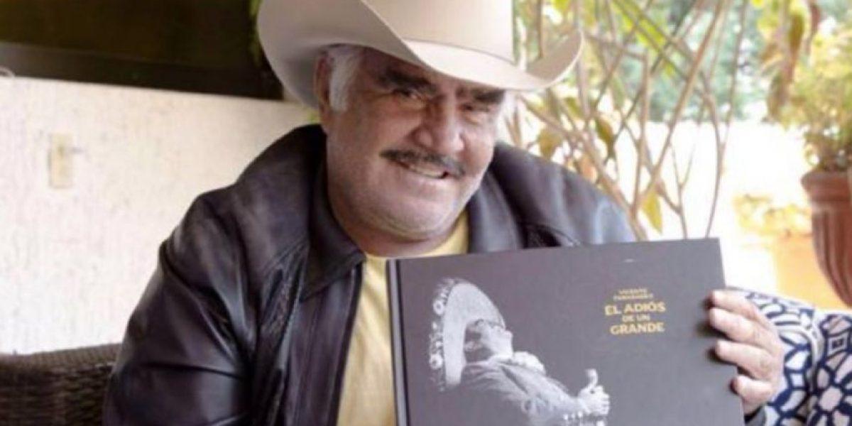 Vicente Fernández lanza nuevo libro, previo a su concierto del adiós