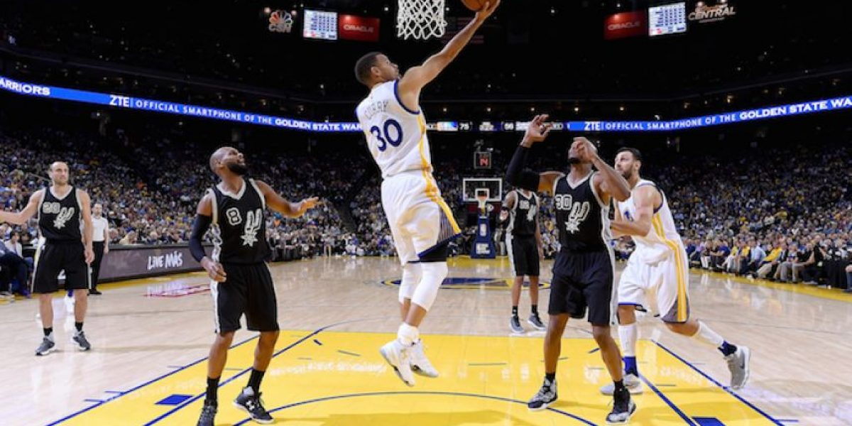 Warriors llega a 70 triunfos y está a dos del récord de Bulls