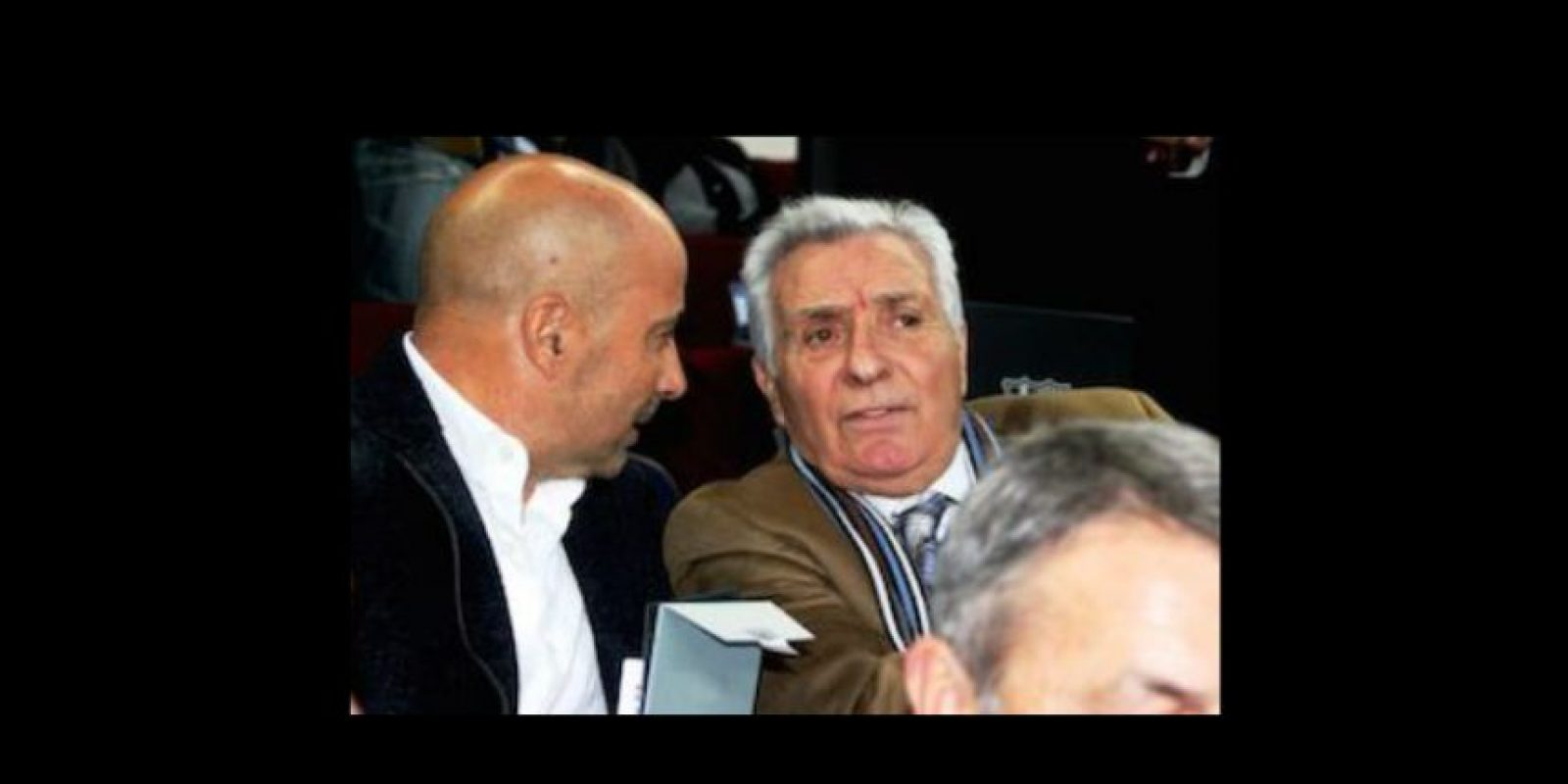 Jorge Sampaoli en el Camp Nou, presenciando el Clásico español del pasado fin de semana Foto:Ramón Mompió
