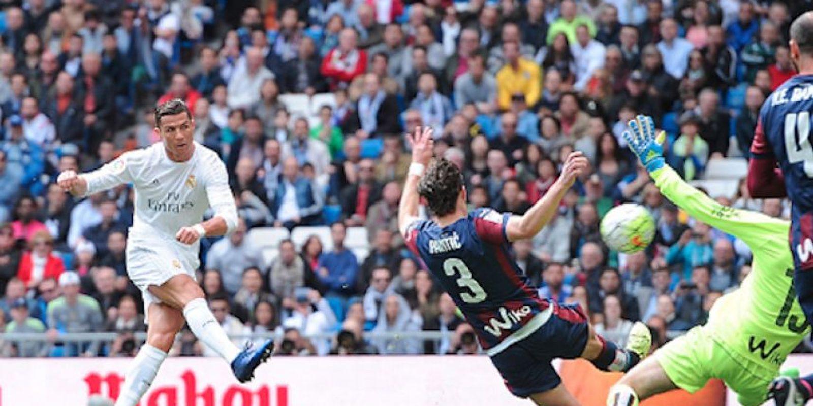 """CR7"" anotó el tercero de la tarde en el Santiago Bernabéu Foto:Getty Images"
