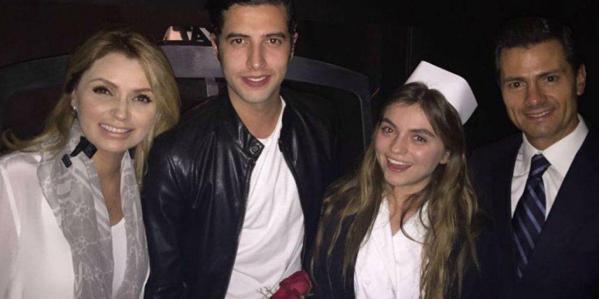 Peña Nieto y Angélica Rivera acuden al teatro a ver a Sofía Castro