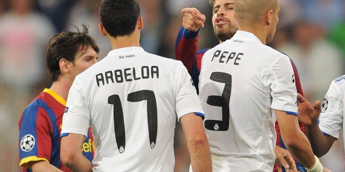Piqué y Arbeloa vuelven a protagonizar tremenda pelea en Twitter