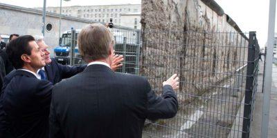 Peña Nieto visitó el muro de Berlín durabte su visita de Estado Foto:Presidencia