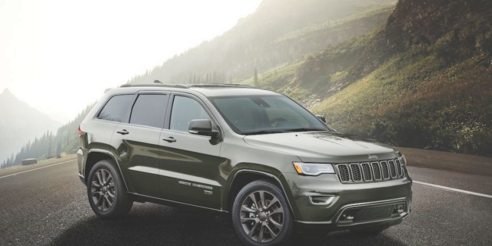 Jeep Grand Cherokee tiene, sin duda, el lujo, manejo y capacidades off-road incluidos. Foto:Jeep