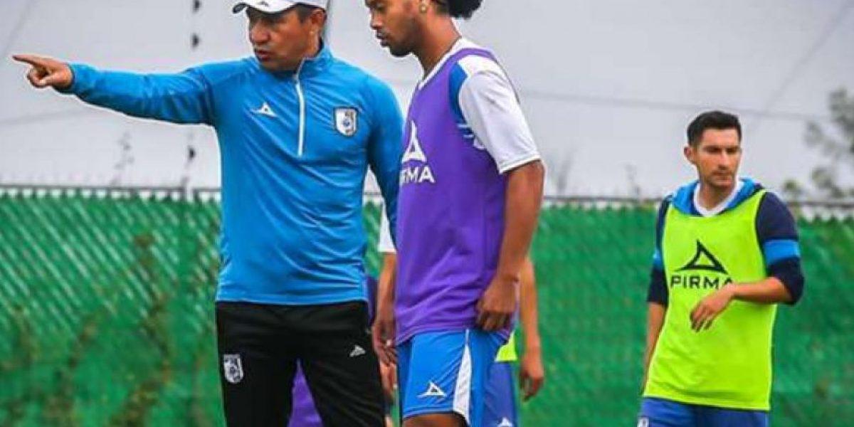 Consideran que Ignacio Ambriz aprendió de Ronaldinho