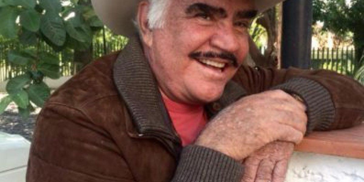 Vicente Fernández vive su último concierto masivo, como si fuera el primero
