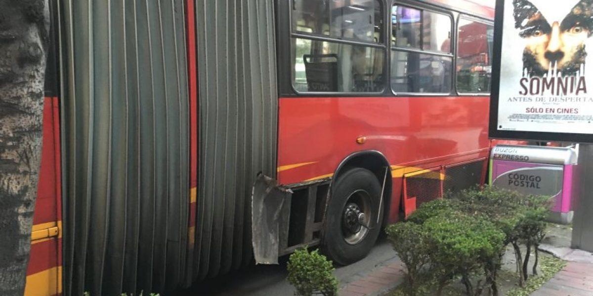 Llanta de Metrobús