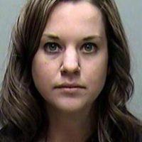 Sara Domres, tuvo relaciones con un menor poco antes de su boda Foto:Wisconsin Police