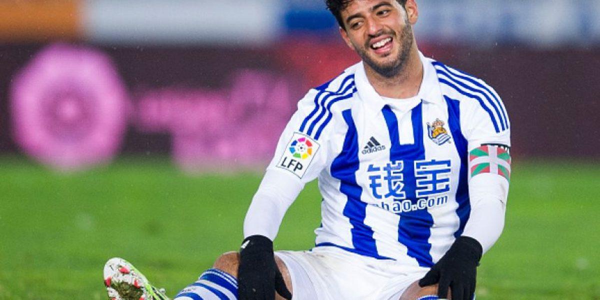 Con Vela y Reyes de titulares la Real volvió a las andadas en España