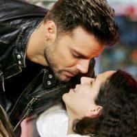 En Nueva York, besa a una fan durante un show en 2006. Foto:Getty Images