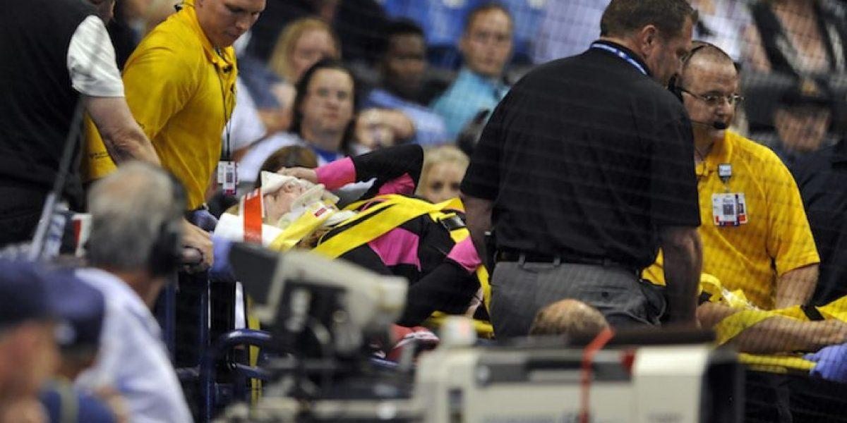 FOTOS: Mujer recibe pelotazo en juego de MLB