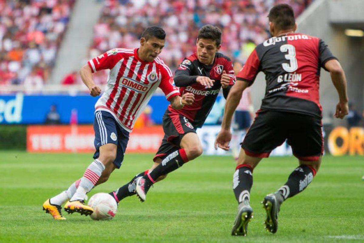 ¡Agónico! Chivas se impone al Atlas en el Clásico Tapatío Foto:Mexsport