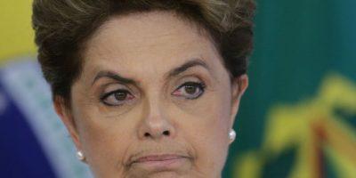 Los legisladores brasileños que buscan destituir a Rousseff la acusan irregularidades fiscales. Foto:AP