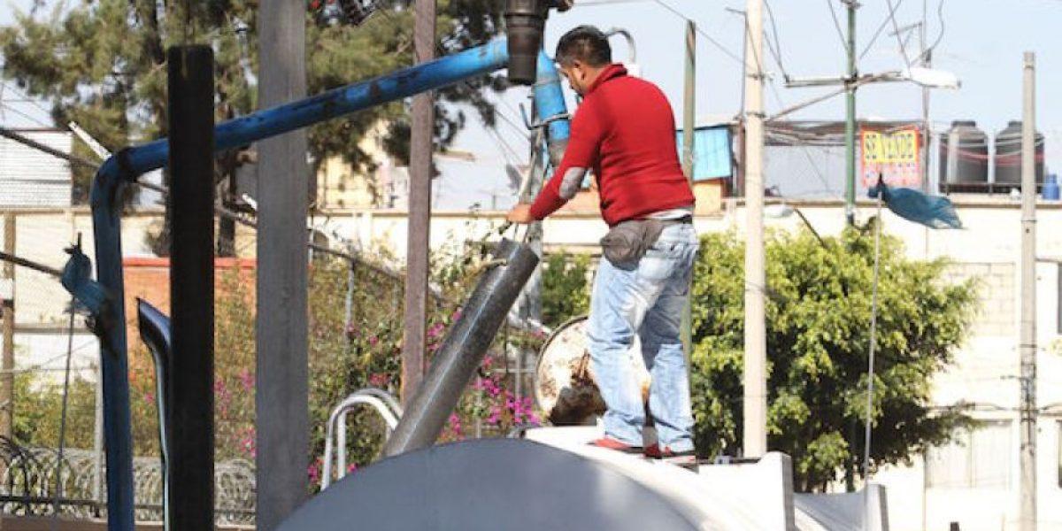 Pipas abastecerán agua potable tras falla en Sistema Cutzamala