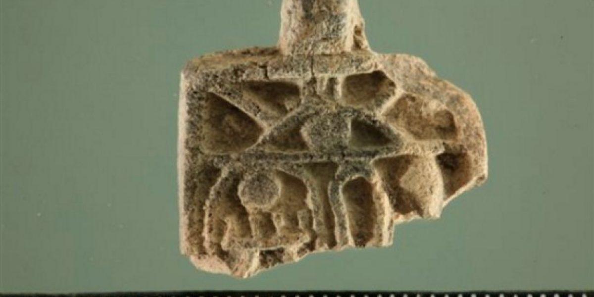 Niña israelí halla amuleto egipcio de la época de los faraones