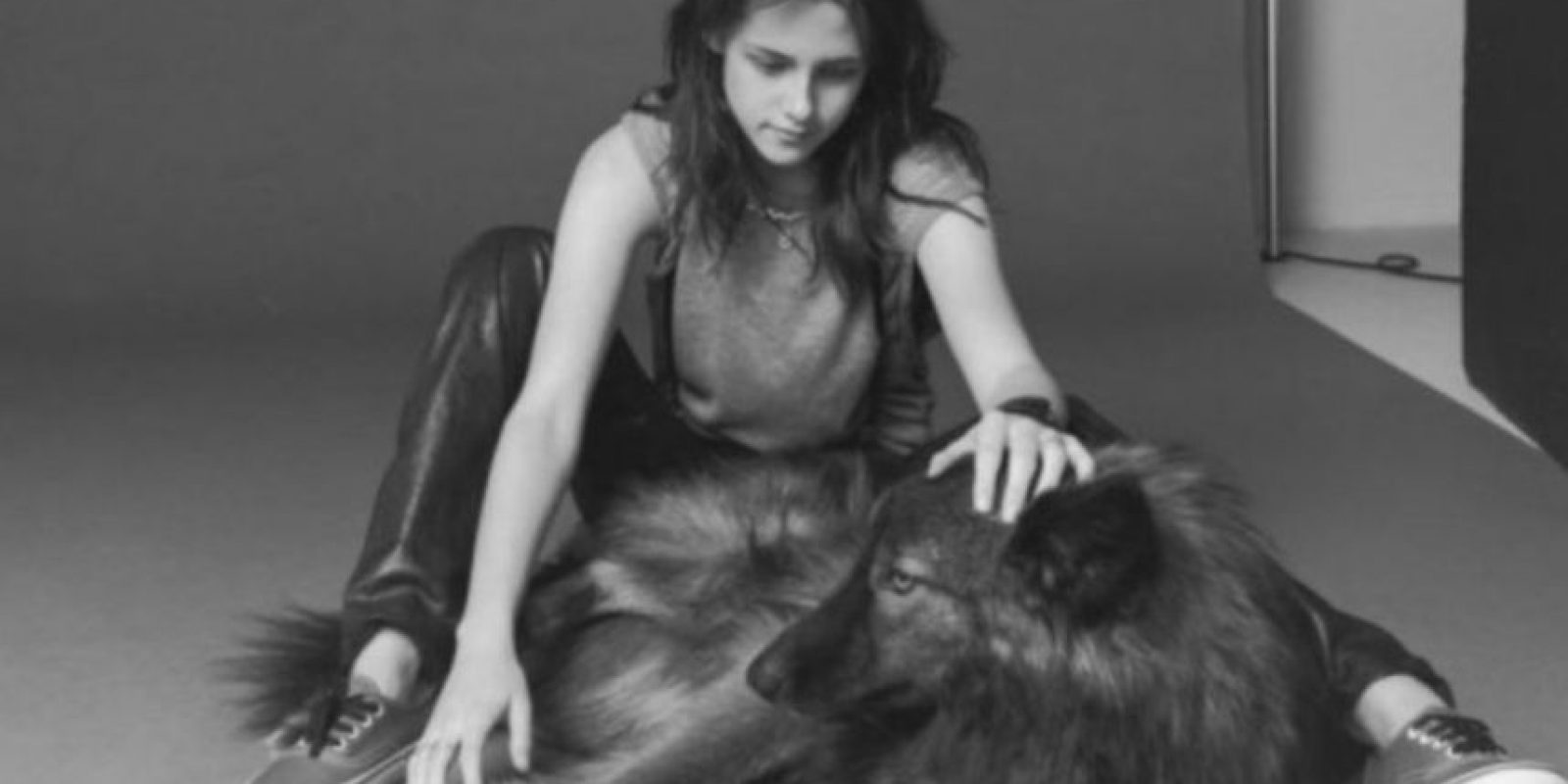 Kristen tiene una mascota que es una mezcla de perro y lobo. Foto:Vía Instagram