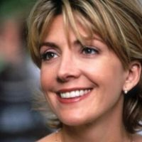 Natasha Richardson era Elizabeth James. Murió en 2009, luego de un accidente de ski. Foto: vía Disney