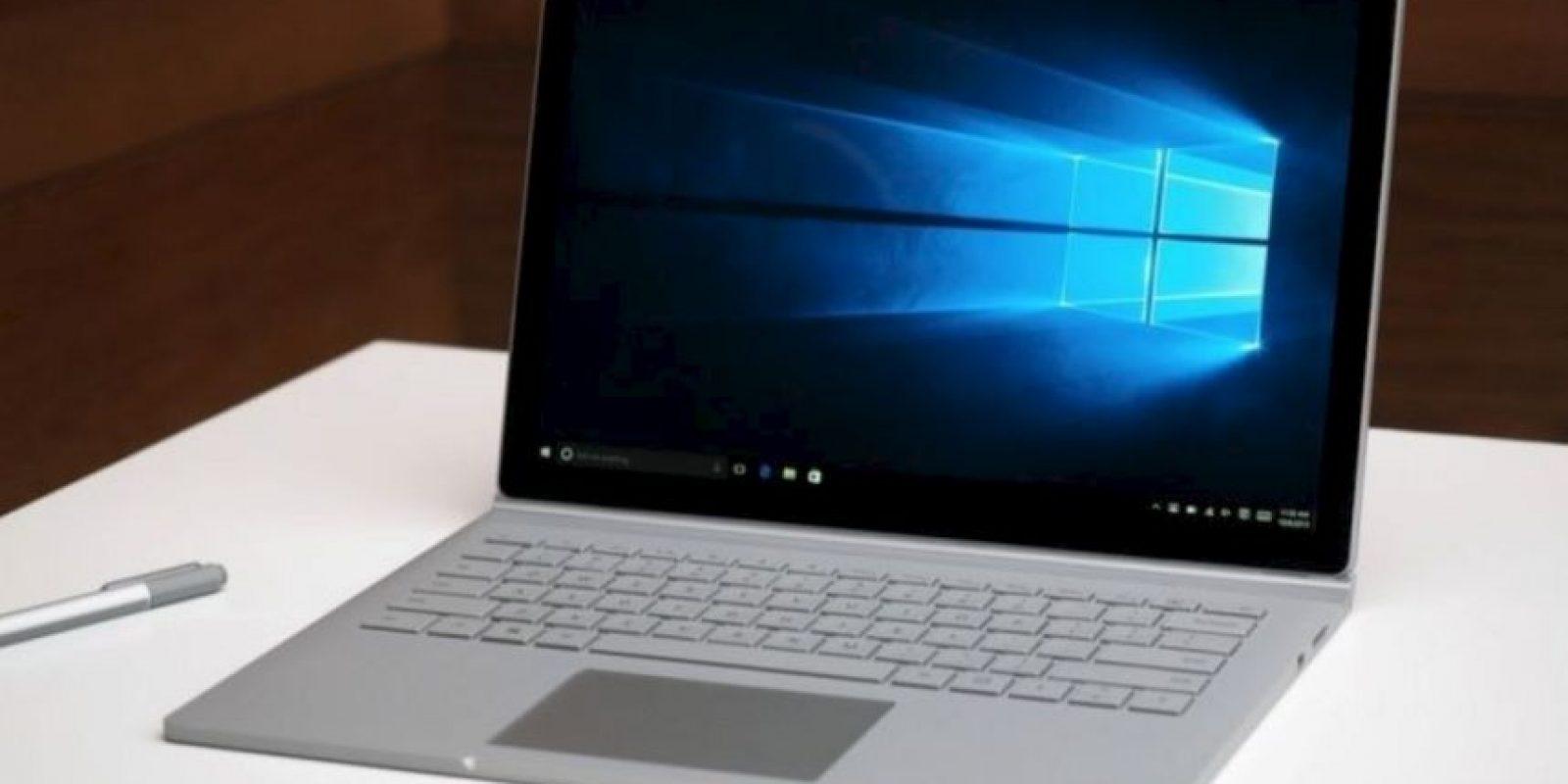 Quizás lo más interesante del teclado en la nueva Surface sea la posibilidad de desprenderse de la pantalla. Además de contar con una bisagra bautizada como Dynamic Fulcrum Hinge. Foto:Microsoft