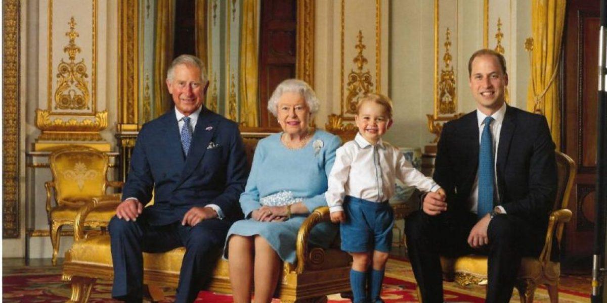 Elizabeth II festeja 90 años con los futuros 3 reyes de Inglaterra