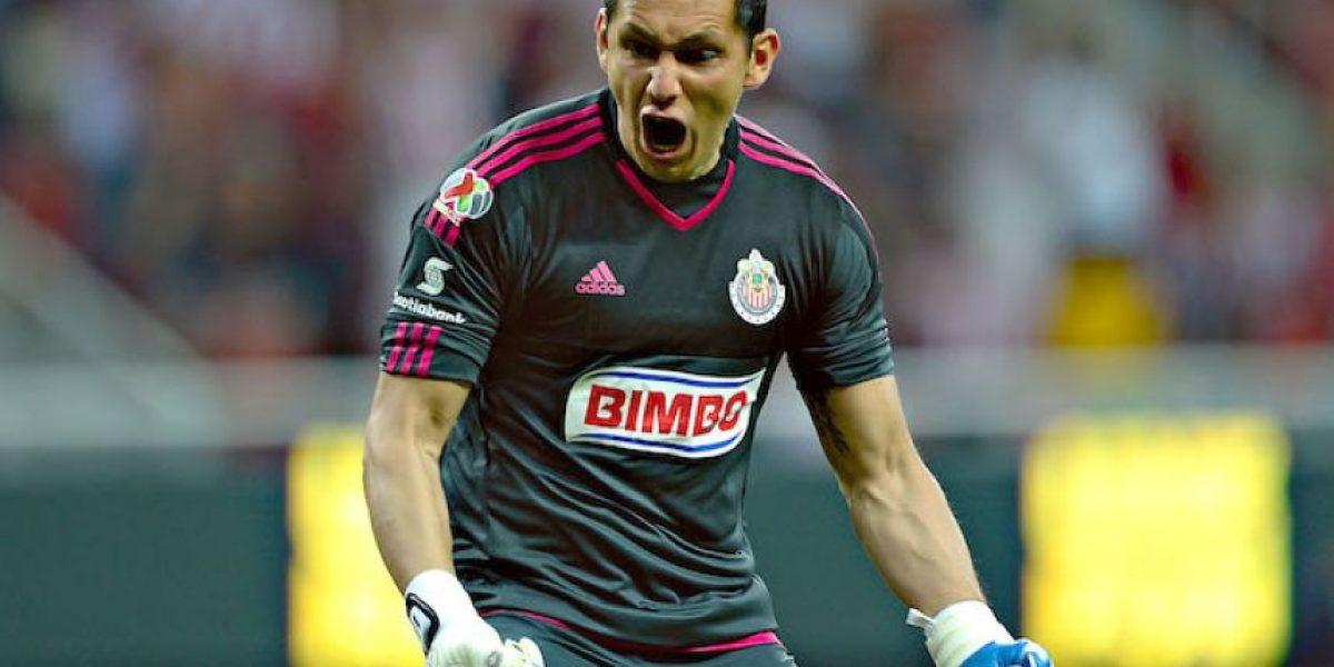 ¡Amor imposible! Pachuca ve difícil negociar con Chivas por Cota