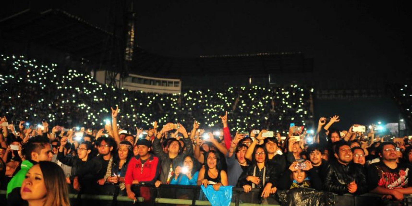Miles de fanáticos recibieron con alegría el reencuentro. Foto:Arturo Quintero / JDS