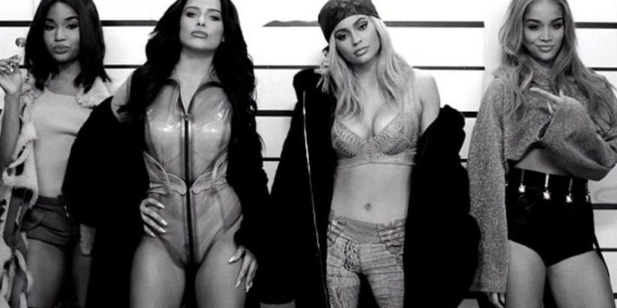 Modelo de la marca de Kylie Jenner es igualita a Angelina Jolie