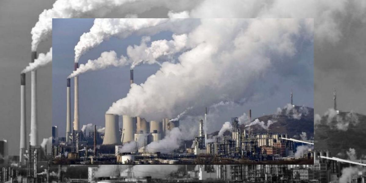 Lluvia disminuye contaminación, pero deja fuertes encharcamientos