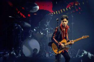 """A mejor canción original por la película también llamada """"Purple Rain"""" Foto:Grosby Group"""