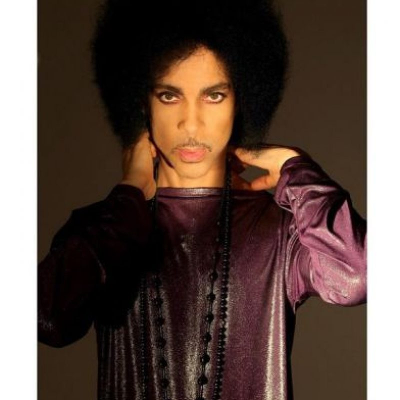 Se trataba de un tour en un formato inédito para él, en el que actuaría solo, con un micrófono y un piano de cola. Foto:Vía Instagram/@Prince