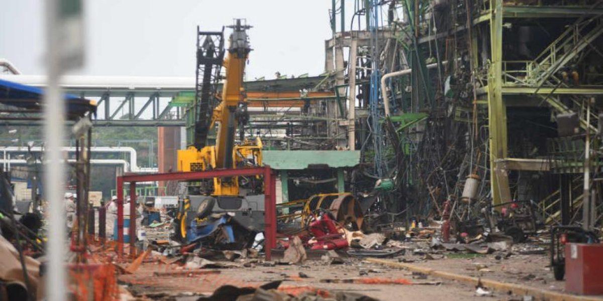 Se eleva a 24 el número de muertos por explosión en planta Pajaritos: Pemex