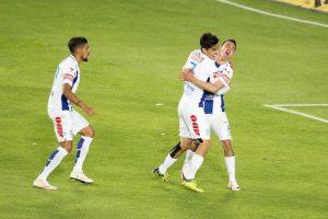 Pachuca y Chivas empatan en intenso partido Foto:Mexsport