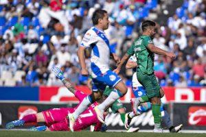 Puebla gana, sueña con liguilla y elimina a Chiapas Foto:Mexsport