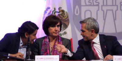 Presidenta de la CDHDF, Perla Gómez; secretaria de Gobierno, Patricia Mercado; Miguel Ángel Mancera, Jefe de Gobierno Foto:Archivo Cuartoscuro