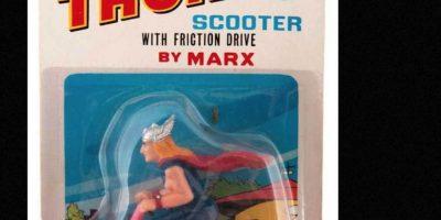Thor en moto. Foto:vía Tumblr/ Bootleg Action Figures